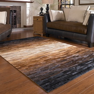 Hand-stitched Duke Sunset Cowhide Rug (5'0 x 7'6)