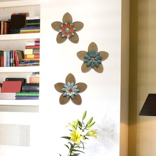 Stratton Home Decor Multicolor Burlap, MDF, Metal Flower Wall Decor