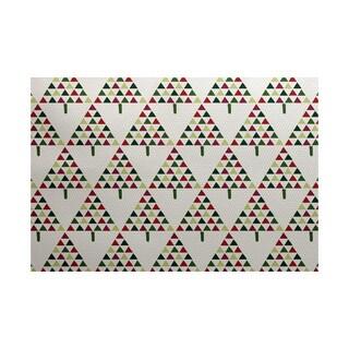 Triangle Trees 2 Geometric Print Indoor/ Outdoor Rug (4' x 6')