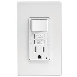 Leviton C22-GFSW1-00W 15 Amp Ivory SmartlockPro Self-Test GFCI