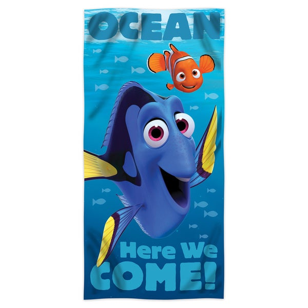"Finding Nemo Bath Towel Set: Shop Finding Dory """"Sea Swim"""" Beach Towel"