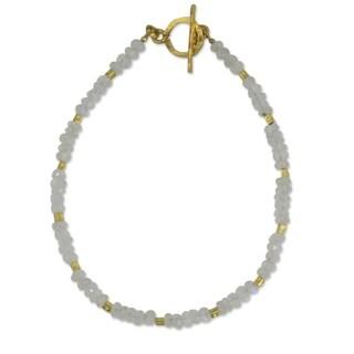 Handmade Gold Overlay 'Simply Fascinating' Moonstone Bracelet (Thailand) - White