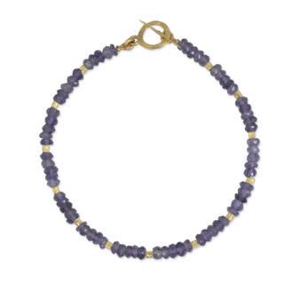 Handmade Gold Overlay 'Simply Enraptured' Iolite Bracelet (Thailand) - Blue