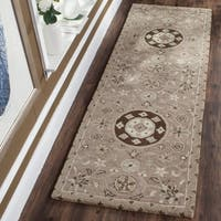 Safavieh Handmade Bella Taupe/ Light Grey Wool Rug (2' 3 x 7')