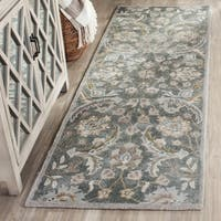 Safavieh Handmade Bella Grey/ Multi Wool Rug - 2' 3 x 7'