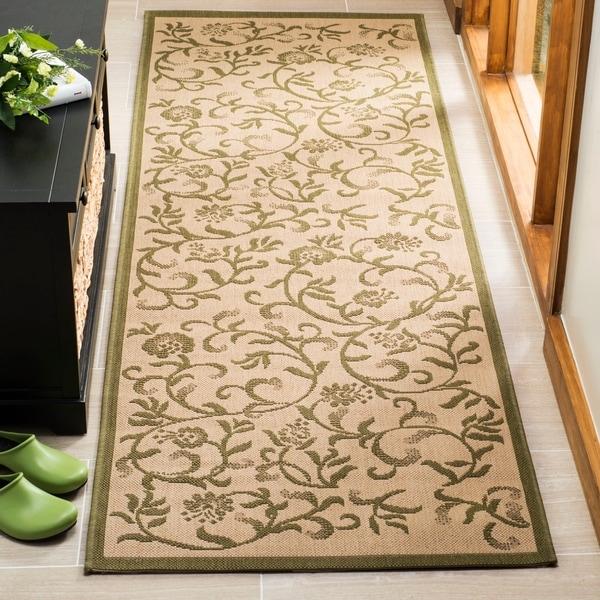 Martha Stewart by Safavieh Swirling Garden Cream/ Green Indoor/ Outdoor Rug - 2' 7 x 8' 2