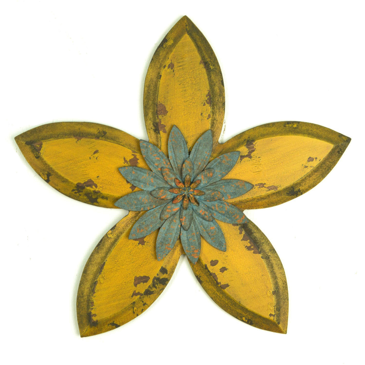 Shop Havenside Home Palmetto Decor Metal Antique Flower Wall Decor ...