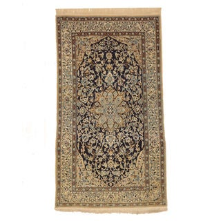 Hand-knotted Wool Navy Traditional Oriental Naiin Rug (3'8 x 6'8)