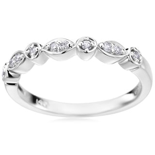 Andrew Charles 14k White Gold 1/10ct TDW Diamond Band (H-I, SI2-I1)