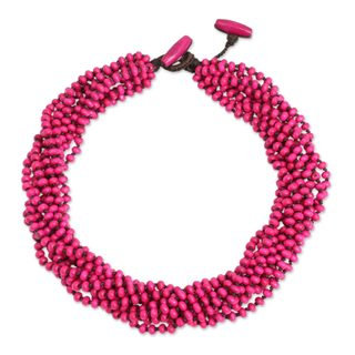 Handmade Littleleaf Boxwood 'Ping Belle' Necklace (Thailand)