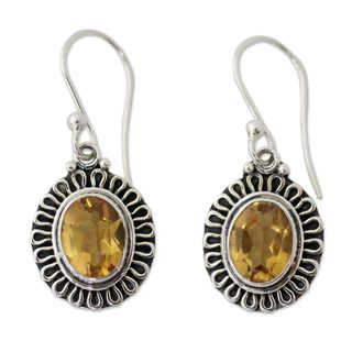 Handcrafted Sterling Silver 'Golden Charm' Citrine Earrings (India)