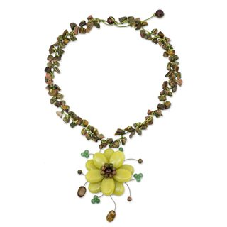 Handcrafted Multi-gemstone 'Yellow Bloom' Choker (Thailand)