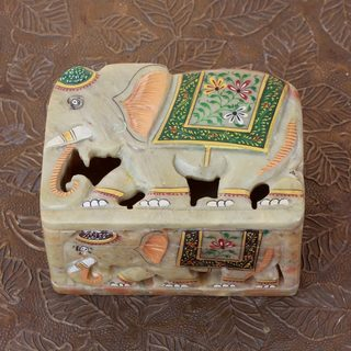 Handmade Soapstone 'Royal Indian Elephants' Box (India)