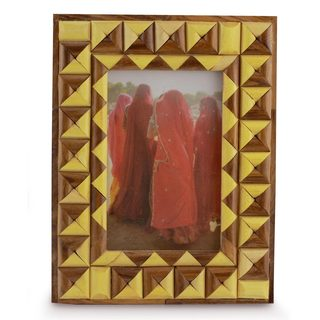 Seesham Indian Elm Wood 'Delhi Enigma' Photo Frame (India)
