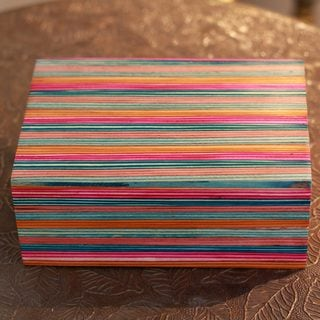 Handcrafted Indian Elm Wood 'Festive Delhi' Box (India)