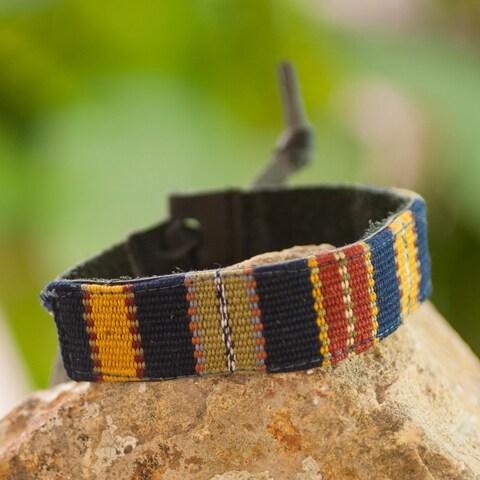 Handmade Men's Leather Cotton 'Land of the Maya' Bracelet (Guatemala)