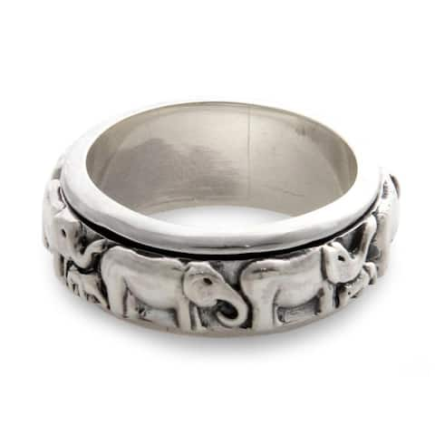 Handmade Sterling Silver 'Lucky Elephants' Ring (Indonesia)