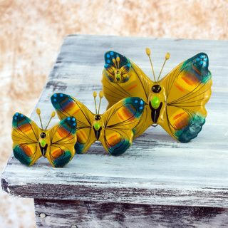Handmade Set of 3 Ceramic 'Chimaltenango Butterflies' Sculptures (Guatemala)