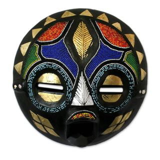 Handcrafted Rubbertree Wood 'My Bride' Mask (Ghana)