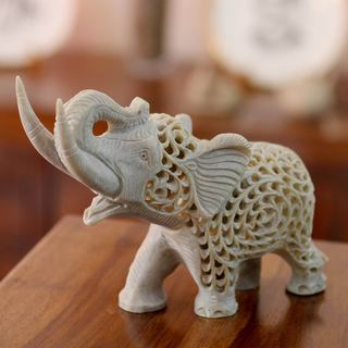 Handmade Soapstone 'Father Elephant' Sculpture (India)