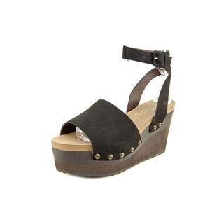 Flogg Women's Poppi Nubuck Sandals