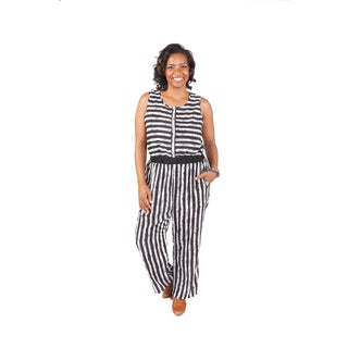 Hadari Women's Plus Size Black and White Cinched Waist Sleeveless Romper