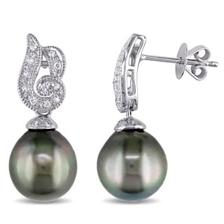 Miadora 18k White Gold Tahitian Pearl and 1/6ct TDW Diamond Dangle Earrings (G-H, SI1-SI2)
