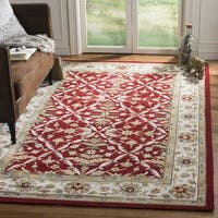 Safavieh Hand-hooked Easy to Care Red/ Ivory Rug - 2' x 3'