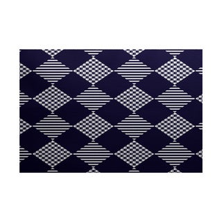 5 x 7-Feet Check It Twice Geometric Print Indoor/Outdoor Rug