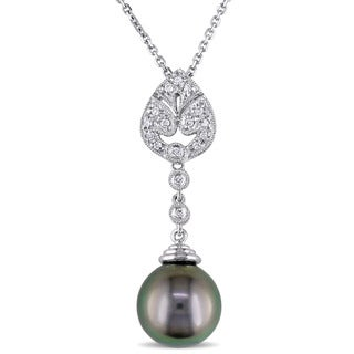 Miadora 18k White Gold Tahitian Pearl and 1/10ct TDW Diamond Necklace (G-H, SI1-SI2)
