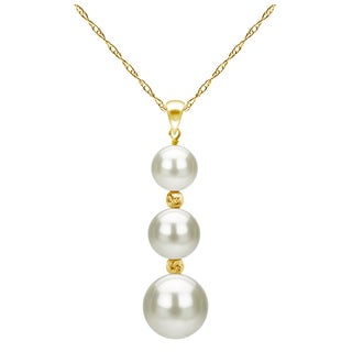 DaVonna 14k Yellow Gold High luster Graduated Freshwater Pearl Pendant 18-inch Necklace