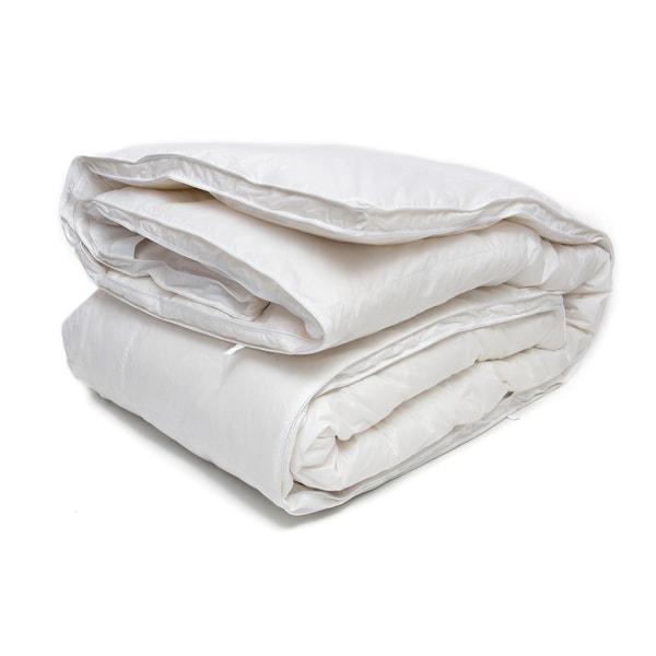 Ogallala Hypodown Vanessa 700-fill Goose Down Classic Comforter