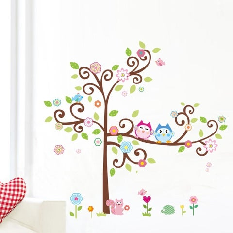 HomeSource Curled Tree of Owls and Friends Multicolor 24-inch x 36-inch Removable Wall Graphic