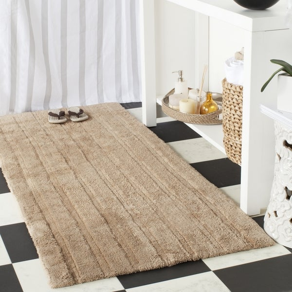 "Safavieh Plush Master Spa Stripe Camel Bath Rug (2' 6 x 6') - 2'6"" x 6'"