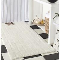 Safavieh Plush Master Spa Stripe Vanilla Bath Rug (2' 6 x 6')