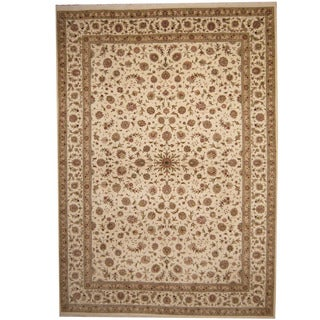 Herat Oriental Indo Hand-knotted Tabriz Ivory/ Light Green Wool & Silk Rug (10' x 14')