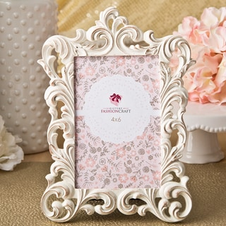 Baroque White/Gold Polyresin Classic Picture Frame