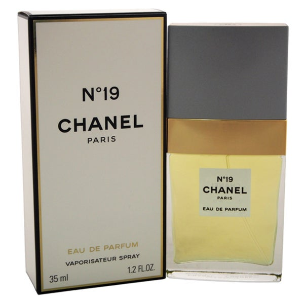 Shop Chanel No.19 Women s 1.2-ounce Eau de Parfum Spray - Free Shipping  Today - Overstock - 11992630 c7dc85573f