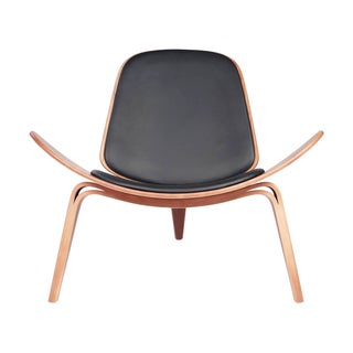 Black leather and American Walnut Shell Chair