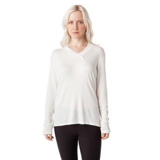 AtoZ Thermal Modal Overlapped V-neck Top