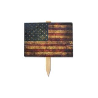 The Patriot Wile E Cedar Wood Yard Marker