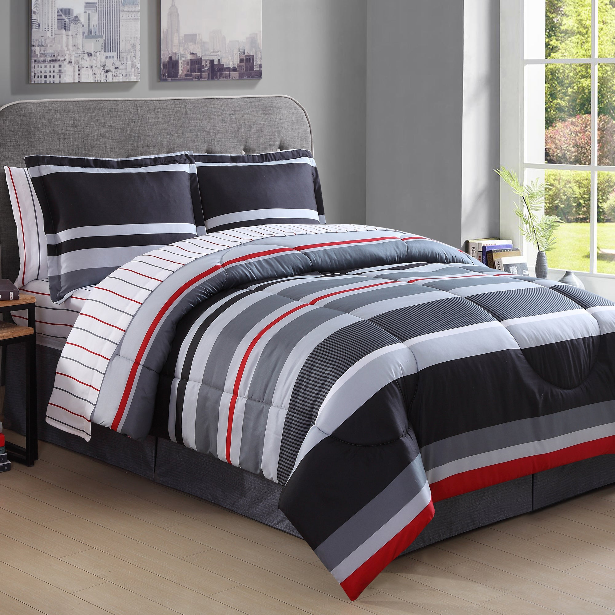 Porch & Den Wallingford Meridian Striped 8-piece Bed in a Bag