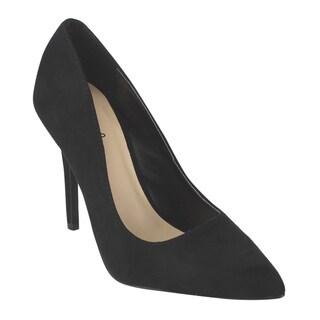 QUPID Women's Black Faux Suede Classic Stiletto Pumps