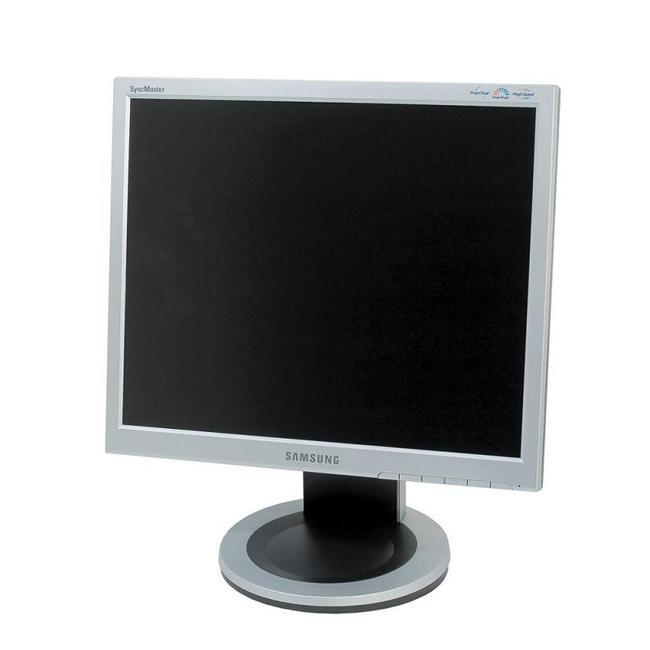 Samsung 710T 17-inch LCD Monitor (Refurbished)