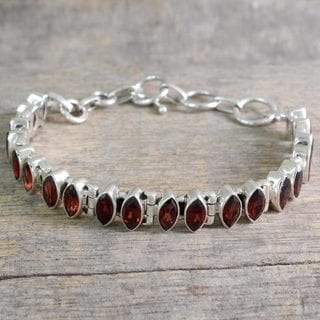 Handcrafted Sterling Silver 'Red Marquise' Garnet Bracelet (India)
