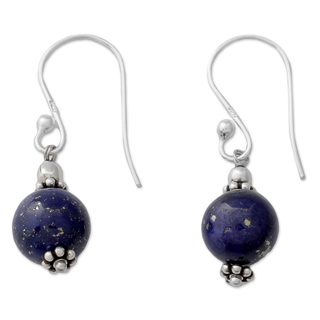 Handcrafted Sterling Silver 'Royal Discretion' Lapis Lazuli Earrings (India)