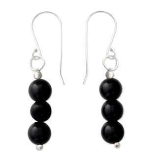 Handcrafted Sterling Silver 'Midnight Radiance' Onyx Earrings (India)