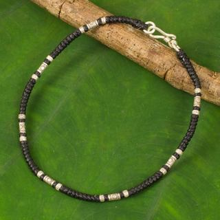 Handcrafted Silver 'Wandering Black' Anklet (Thailand)