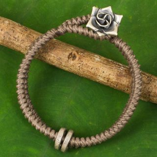 Handcrafted Silver 'Smokey Rose' Bracelet (Thailand)