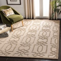 Safavieh Handmade Bella Sand/ Brown Wool Rug - 8' x 10'